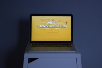 laptop saying under construction